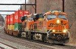 BNSF 7426 leads CSX Q272